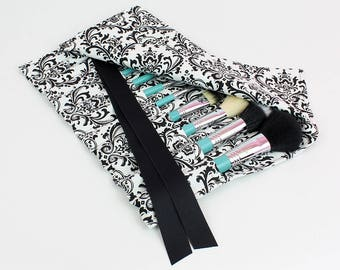 Medium Size Makeup Brush Roll Holder, Damask, Black and White