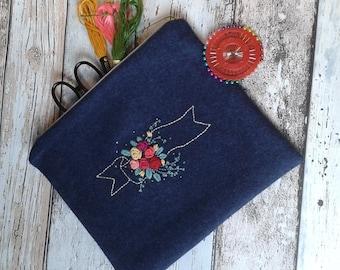 Rose banner purse