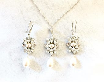 Pearl bridal jewelry set, necklace and earrings for wedding, Swarovski Rhinestone Bridal Earrings, Swarovski Bridal Earrings, EZRA set