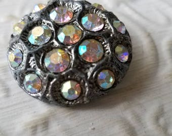 Vintage button 1 beautiful extra large setting 1  1/3 inch glass iridescent  rhinestone solitaire style, 1950's  (june 445 17)