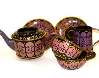 1900s Tin Toy Tea Set, Art Deco spider web in purple, black & yellow 6 pieces.