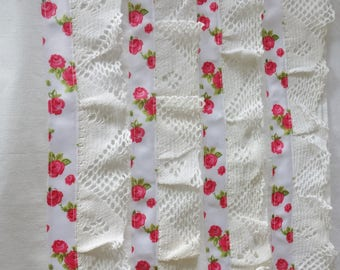 4 vintage style  rose edged pillowslips