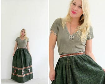 """ANNIVERSARY SALE 1960s Embroidered Maxi Skirt /// Size Extra Small /// Waist 25"""" to 26"""""""