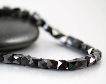 15% OFF SALE Black Spinel Faceted Cube Beads - 4 mm - Spinel Cube Beads - Per Bead