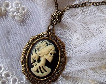 Gothic lady skull cameo necklace. Creepy cute necklace. Cameo jewelry. Women gothic jewelry. Gothic wedding gift. Skull cameo necklace.