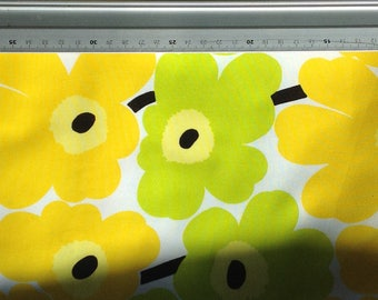 Yellow and lime pieni UNIKKO baby pillow case