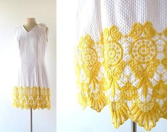 20% off sale 60s Embroidered Dress | Porta del Castello | 1960s Dress | M L