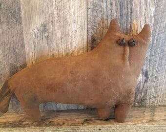Primitive Folk Art Fat Brown Cat