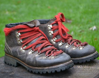 Vintage 1970s Gallenkamp Hiking Boots with Vibram Soles
