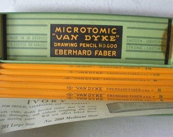 """Vintage Box of 12 MICROTOMIC """"VAN DYKE"""" Eberhard Faber Drawing Pencils 8 Count of 8H & 4 Count of B All Unsharpened Graphite Pencils w/Box"""