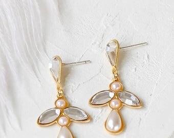 On Sale 40% off, Large Iris Post Earrings, Bridal Earrings, Pearl Earrings, Evening Earrings, Swarovski Earrings