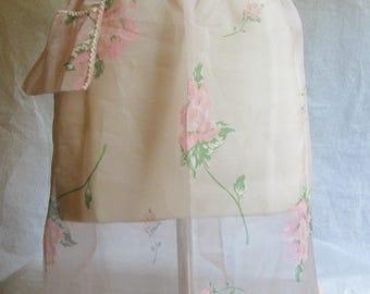 Vintage Sheer Pink Apron Roses Rick Rack