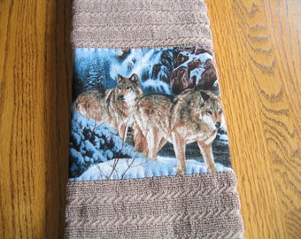 SALE PRICED - Appliqued Towels in a Wolves Pattern - Set of 2