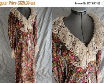 "ON SALE 70s Dress // Vintage 70's Floral Maxi Dress with Cream Lace Trim by Joy Stevens California Size M 28"" waist boho"