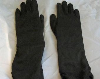 Gauntlet Gloves in Black Vintage 50's