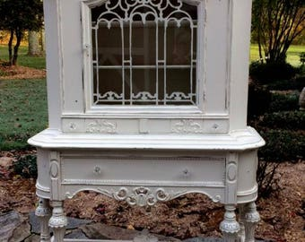 China Closet Shabby Chic, China Cabinet Painted White, French Cottage Decor, Romantic Decor, Paris Apartment, French Country
