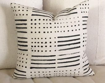 African Mudcloth  Pillow in Dots and Dash Tribal Design  Boho / Modern  19x19