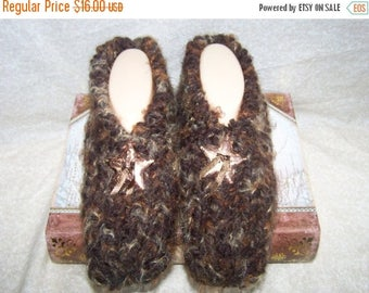 Christmas in July Men's Knitted Slippers with Star Concho Size 9, 10, or 11