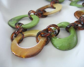 Chunky Link Statement Necklace, Lucite, Brown, Green, Rootbeer, Lucite Slices, Runway Necklace, 1990s
