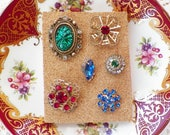 Jewel Toned / Jewel Tones Vintage Jewelry Thumbtacks / Push Pins / Thumb Tacks, Home Office, Bulletin Board Bling, Colorful Rhinestones