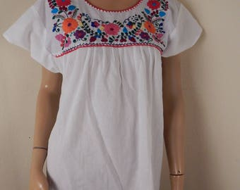 mexican blouse, embroidered, handmade, puebla, white,