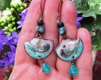 Another World: poetic earrings with ceramics and enamel of artists !!!!