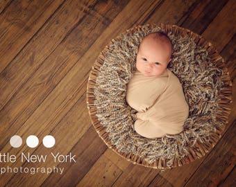 Boa READY Ship Bucket Filler Photo Prop Newborn Posing Layer Bowl Stuffer Infant Photography Handmade Loopy Nest Box Fluff Hand Made Fringe