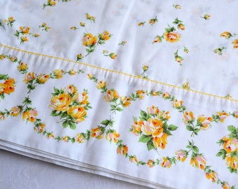 Vintage Bed Sheet - Yellow Roses - Twin Flat
