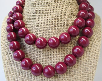 """Vintage Lucite Beaded Chunky Necklace Choker Burgundy Red Brownish Berry Color 30"""" Long Art Deco 50s  Retro Art Deco 80's Runway Statement"""
