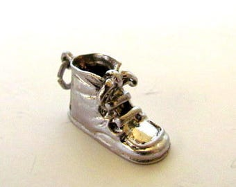 Vintage Wells Sterling Silver Baby Shoe Charm