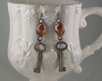 Rosebud Skeleton Key assemblage earrings by ceeceedesigns on etsy
