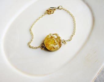 Citrine Stone Bracelet, Chain Bracelet, Geology Bracelet, Resin Jewelry, Boho Jewelry, Minimalist Bracelet, Stacking Bracelet