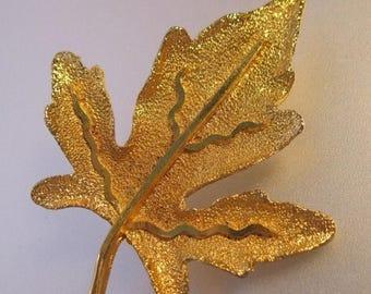 XMAS in JULY SALE Bsk Autumn Maple Oak Leaf Brooch Gold Plated Vintage Jewelry Jewellery