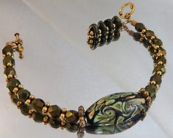 SALE Vintage Art Glass Bracelet. Green Murano Glass Beads. Handmade Bracelet. Natural Stone Dangle.