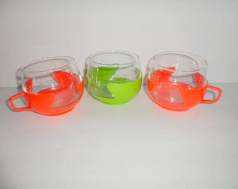 Lot of 3 Vintage Retro Plastic Holders For small Glasses Green and Orange Colors with 3 Glasses