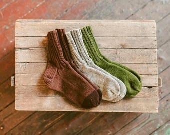 Men Woolen Socks . Brown Handknit Organic Wool Socks Knitted Lambswool Socks Men Husband Boyfriend Gift One Size Eur 42 - 44 US 8 - 10
