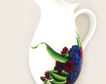 Gift for the Bride from Maid Matron of Honor: Navy and Sangria Painted Vase / Personalized Pitcher to Match Bridal Bouquet, Wedding Gifts
