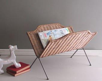 Vintage folding magazine rack – wicker - mid century - rattan basket – mcm décor