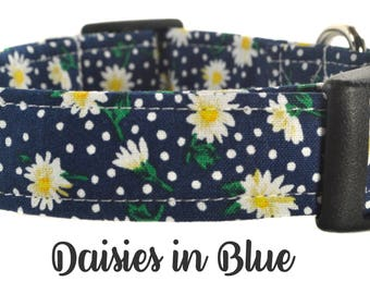 Blue and White Floral Dog Collar - The Daisies in Blue