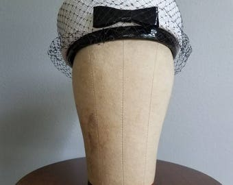 Vintage White and Black PILLBOX Hat 50s 60s JACKIE O Style