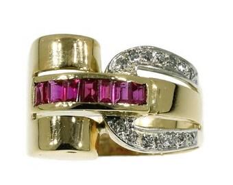 ON SALE Original Retro cocktail ring 18k yellow gold ruby diamond
