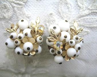 Vintage Cluster Earrings ~ Milk Glass Beads  ~ Clip On ~ White