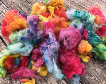Spinning fiber hand dyed wool for bulky yarn, chunky yarn in 'Perfect Pastel'