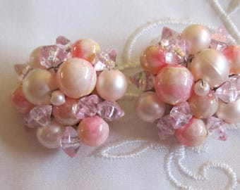 Vintage Pink and White Beaded Clip On Earrings from Hong Kong