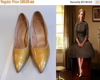 Anniversary Sale 35% Off The Get Away Affair - Vintage 1950s Muted Mustard Gold Patent Leather Stilettos - 7 1/2 B