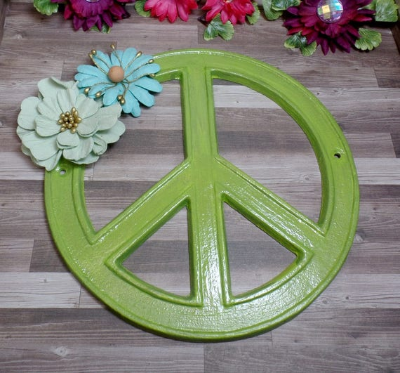 Green Floral Peace Sign - Cast Iron Peace Sign - Wall Decor - Home Decor - Hippie Decor - Hippie Peace Sign