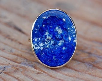 Vintage lapis signet ring intaglio with skull and snakes