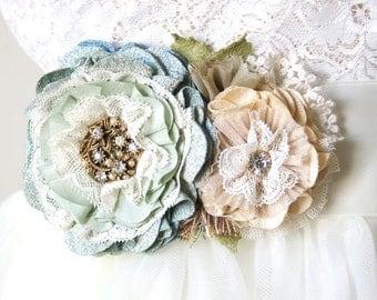 Wedding Dress Belt, Floral Sash, Bridal Sash, Mint and Blue Sash, Beach Wedding, Bridal Belt with Flowers, Wedding Sash Belt, Blue Sash