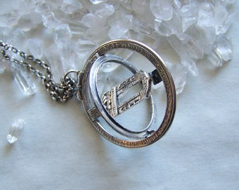 Vintage Sterling Silver Working Sundial Pendant