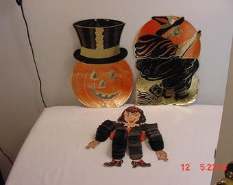 3 Vintage Halloween Decorations  17 -  810